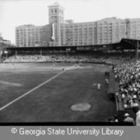 Crackers_baseball_crowd_Ponce_de_Leon_Park_stadium_Atlanta_Georgia_July_21_1950.jpg